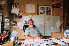 Portrait photo musclé de Simon Evans, dirigeant de chantier naval à Migennes sur manarr.fr