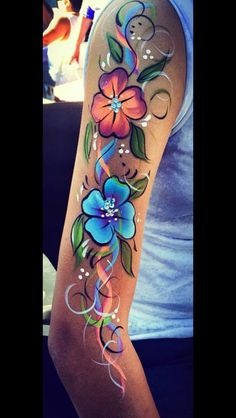 Flowers Body-painting. www.carmacdesigns.com carmacdesigns@hotmail.com Leg Painting, Belly Painting, Belly Art, Arm Art, Tattoo Videos, Face Painting Designs, Shoulder Tattoos, Color Tattoo, Face And Body