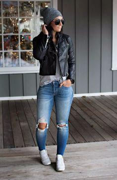 Zerrissene Jeans in Kombination mit schwarzer Lederjacke und Sneakers – Denim Ou… Torn jeans in combination with black leather jacket and sneakers – Denim Outfits 2019 Jean Jacket Outfits, Leather Jacket Outfits, Denim Outfits, Outfit Jeans, Cute Fall Outfits, Mode Outfits, Spring Outfits, Fashion Outfits, Jacket Jeans