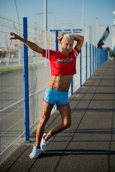 #malecroptop #croptop #shorts #gayshorts #andrewchristian #terranova #croptopguy