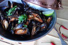 Spicy Mussels MarinaraChristine Cushing Mussels Marinara, Marinara Recipe, Tv Chefs, Fresh Coriander, Meal Planner, Seafood Dishes, Food Photo, Great Recipes, Spicy