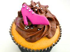 Cupcake de Baunilha - Veja mais em: http://www.cybercook.com.br/receita-de-cupcake-de-baunilha.html?codigo=15753