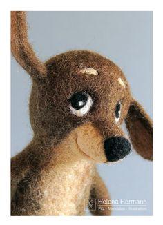 Felted finger puppet dog Charlie, postcard by Helena Hermann, Postkarte gefilzte Fingerpuppe Hund Charlie