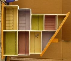 Cardboard House doll---perfect use for shoe boxes! Cardboard Dollhouse, Cardboard Furniture, Cardboard Crafts, Dollhouse Dolls, Dollhouse Miniatures, Diy For Kids, Crafts For Kids, Diy Craft Projects, Diy Crafts