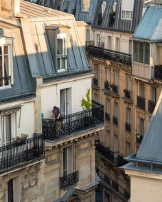 City Aesthetic, Travel Aesthetic, Paris 3, European Summer, Pics Art, Aesthetic Pictures, Places To Go, Beautiful Places, Scenery