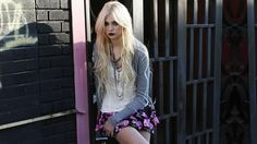 1920x1080 free high resolution wallpaper taylor momsen