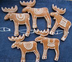 Gingerbread House Designs, Gingerbread Man Cookies, Christmas Sugar Cookies, Christmas Snacks, 1st Christmas, Holiday Treats, Christmas Crafts, Christmas Decorations, German Christmas Food