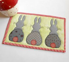 Bunny Hop Mug Rug | Another fun little pattern from the Patc… | Flickr