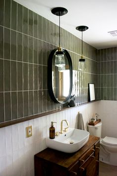 Home Decor For Small Spaces Green and White Vertical Stacked Tile in Bathroom.Home Decor For Small Spaces Green and White Vertical Stacked Tile in Bathroom Bad Inspiration, Bathroom Inspiration, Cool Bathroom Ideas, Best Bathroom Lighting, Bathroom Interior Design, Bathroom Styling, Bathroom Designs, Eclectic Bathroom, Colorful Bathroom