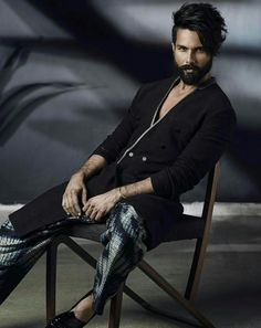 Shahid Kapoor Photography Poses For Men, Fashion Photography, Motorcycle Photography, Designer Suits For Men, Morning People, Sitting Poses, Shahid Kapoor, Star Wars, Good Poses