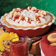 Banana Cream Cheese Pie Recipe | Holiday Cottage