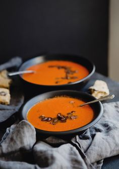 Here's a comfort food recipe that will make your home feel like one big hug. Plain Yogurt Recipes, Healthy Soup Recipes, Healthy Food, Winter Soups, Cream Soup, Slow Cooker Soup, Soup And Salad, Food For Thought, Salads