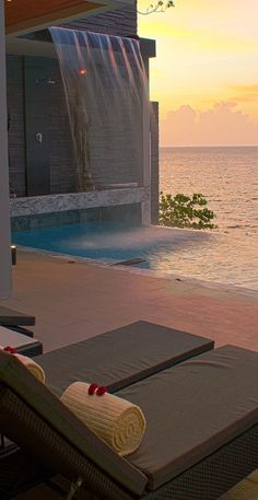 Villa Chi in Cape Sienna Resort, Phuket.....I love infinity pools that have the ocean as a back drop!!