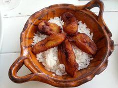 Restaurante Bellopuerto. Plátano con arroz.