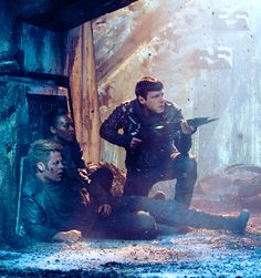 Anyone else obsessing over this? Cause I am.  I LOVED THIS MOVIE! -Star Trek Into  Darkness. I'm a Trekkie.
