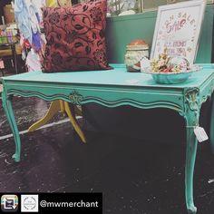 Repost from @mwmerchant using @RepostRegramApp - #Furniture #Vintage #junkgypsy #junkgypsypaint #wanderlust #abilene #abilenetx #texas #shoplocalabilenetx #distressedfurniture #goldaccents #mwmerchantabilenetexas #rustandrosesabilenetx @rustandrosesabilenetx