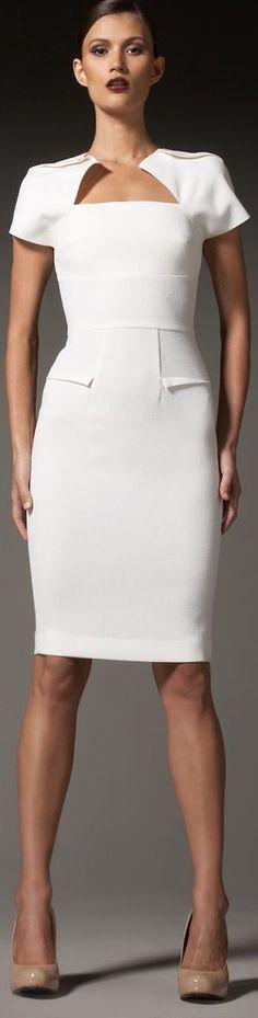 Dress 4 Success! Offwhite - das Weiß des kühlen Farbtyps (Farbpassnummer 1) Kerstin Tomancok / Farb-, Typ-, Stil & Imageberatung