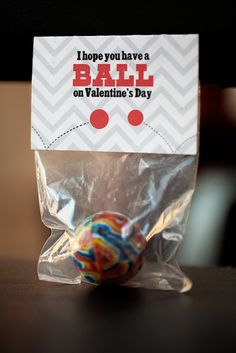 Less Ordinary Designs: FREE PRINTABLE: Have a ball! Valentines bag topper.