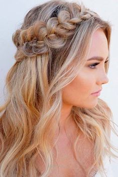 Gorgeous Christmas Half Up Half Down Hairstyles for Long Hair ★ See more: love… Gorgeous Christmas Half Up Half Down Hairstyles for Long Hair ★ See more: lovehairstyles.co… http://www.tophaircuts.us/2017/05/13/gorgeous-christmas-half-up-half-down-hairstyles-for-long-hair-%E2%98%85-see-more-love-2/