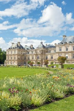 Explore Paris without breaking the bank.