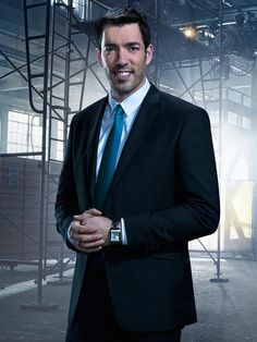 Drew Scott in Brother Vs. Brother Season 2: Meet Team Drew from HGTV