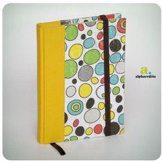 Ponha cores na sua vida - dia lindo e perfeito para comprar um caderno novo!  Coleção Cores #3 R$35.00