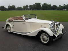 Bentley 3 1/2 Litre Drophead Coupe by Barker (1935) My idea of the best car to have.