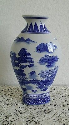 Formalities by Baum Bros Porcelain Blue Willow pattern Vase