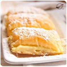 Estos pastelitos de hojaldre y natilla los preparas en un momentito. Son un pequeño y delicioso pecado dulcero, de esos que muchas veces tenemos.