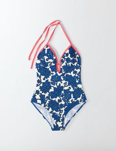Modest bathing suits you ll feel comfortable in body for Bodenpreview co uk