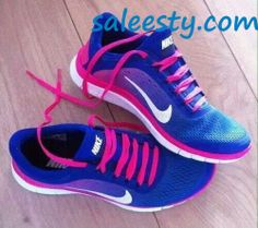 Girly pink nike run shoes     as usual, a pair of Nike's Shoes for Cheap im in love with and I can't find them.