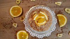 POMARANČOVÁ OVSENÁ KAŠA    Sviatočné raňajky môžu vyzerať aj tak, že ťa na stole bude čakať pomarančová kaša so škoricou. Do chladného počasia ako vyšitá. Plant Based Eating, Good Food, Vegan, Orange, Fruit, Breakfast, Healthy, Sweet, Recipes