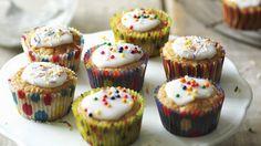 flora-apple-cupcakes-767x431