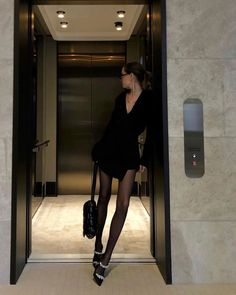 Style Outfits, Mode Outfits, Girl Outfits, Fashion Outfits, Womens Fashion, Black Outfits, Party Outfits, Classy Aesthetic, Aesthetic Clothes