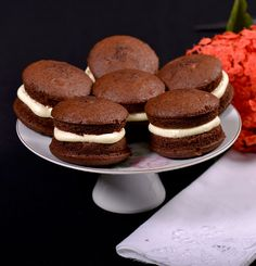 Old Fashioned Maine Whoopie Pies - the State Dessert of Maine  :)