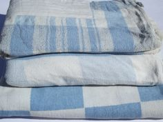 40s-50s vintage camp blankets, blue and white