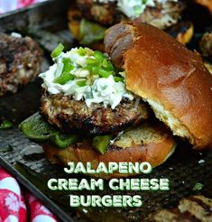 Jalapeno Cream Cheese Burger - This Is How I Cook These Jalapeno Cream Cheese Burgers are sure to please anyone. Luscious cream cheese, mixed with spicy jalapenos and onions is an easy way to dress up any burger! Cream Cheese Topping, Cream Cheese Recipes, Cream Cheeses, Burger Toppings, Cheese Burger, Jalepeno Burgers, Cream Cheese Stuffed Jalapenos, Onion Burger, Hamburger Patties