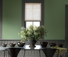 About The Williamsburg Paint Color Collection