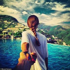 Natalia Zakharova has been leading photographer boyfriend Murad Osmann round the world for five years and the duo have recreated their pose in more spectacular images. Romantic Photography, Couple Photography, Travel Photography, Inspiring Photography, Contemporary Photography, Film Photography, Cool Pictures, Cool Photos, My Photos