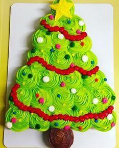 Christmas Cupcake Cake, Christmas Cupcakes Decoration, Christmas Food Treats, Christmas Cookies Gift, Holiday Cupcakes, Christmas Sweets, Christmas Cooking, Christmas Items, Christmas Goodies