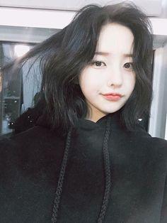 Read from the story Ulzzang Boy Ulzzang Short Hair, Ulzzang Korean Girl, Cute Korean Girl, Cute Asian Girls, Beautiful Asian Girls, Cute Girls, Ulzzang Hairstyle, Korean Makeup, Korean Beauty