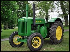 Most Crazy Farm Fendt - Kubota - Valtra - Case - Deutz-Fahr Antique Tractors, Vintage Tractors, Vintage Farm, John Deere Equipment, Old Farm Equipment, Farmall Tractors, Case Tractors, Old Ford Trucks, Pickup Trucks