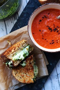 Grilled cheese sandwiches stuffed with homemade basil pesto and cheddar cheese are served with a creamy tomato soup in this comfort food classic. Healthy Grilling Recipes, Vegetarian Recipes, Tomato Soup Grilled Cheese, Bread Street, Tacos, Paleo, Coffee Health Benefits, Basil Pesto, Flank Steak