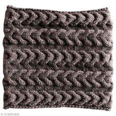 Tuto : Tricoter un snood à torsades inversées - Fiche technique Crochet et tricot pas à pas, idées et conseils loisirs créatifs - Creavea