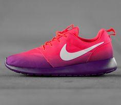 Nike WMNS Roshe Run-Laser Crimson-White-Bright Grape