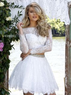 Sherri Hill dresses are designer gowns for television and film stars. Find out why her prom dresses and couture dresses are the choice of young Hollywood. 2016 Homecoming Dresses, Two Piece Homecoming Dress, Sherri Hill Prom Dresses, Unique Prom Dresses, Hoco Dresses, Prom Dresses Online, Beautiful Dresses, Formal Dresses, Formal Wear