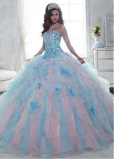 Exquisite Organza Sweetheart Neckline Ball Gown Quinceanera Dresses With Beadings & Rhinestones & Lace Appliques