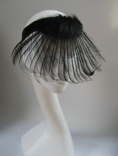 lilly lewis #millinery #judithm #hats Feathers as veiling