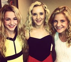 Chloe, Hadley, and Paige... But am i the only one who thinks paige looks like Melissa?