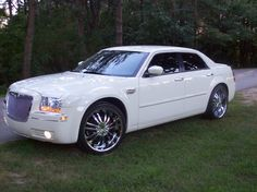 Chromed Out Chrysler 300 | 2005 Chrysler 300 - Somewhere in, MI owned by RayRod22s Page:1 at ...